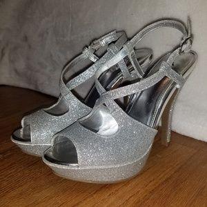 Fioni Silver Glitter Heels